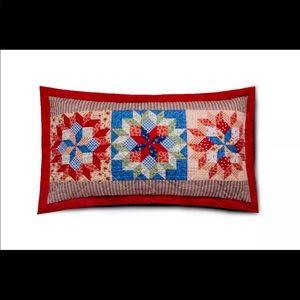 Shooting Star Quilted Standard/Queen Pillow Sham
